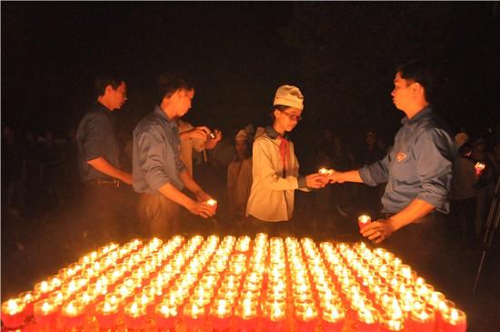 Huyện Thạch Thất thắp nến tri ân các anh hùng liệt sỹ, nhân ngày thương binh liệt sỹ 27-7
