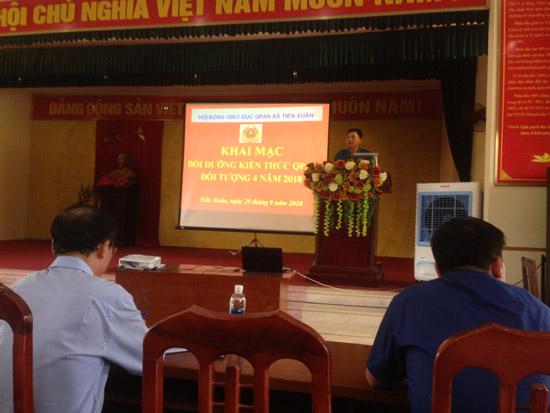 Xã Tiến Xuân tổ chức bồi dưỡng kiến thức Quốc phòng cho đối tượng 4 năm 2018