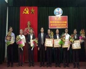 Xã Đại Đồng trao Huy hiệu Đảng và Tổng kết công tác xây dựng Đảng năm 2019