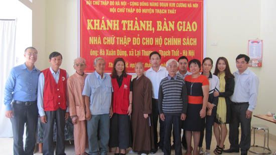 Khánh thành bàn giao nhà chữ thập đỏ cho hộ gia đình chính sách tại xã Lại Thượng