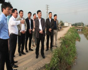 Lãnh đạo huyện kiểm tra công tác chỉ đạo sản xuất nông nghiệp tại một số xã trên địa bàn huyện