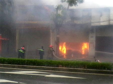 Cháy cửa hàng xăng thơm tại xã Canh Nậu- huyện Thạch Thất