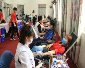 Thạch Thất tổ chức thành công Ngày hội hiến máu tình nguyện tại Cụm 1