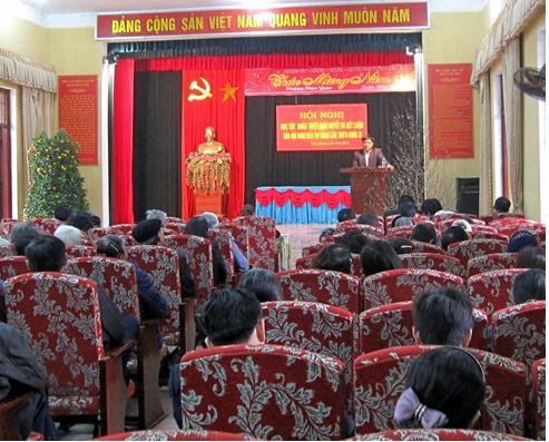 Đảng bộ thị trấn Liên Quan tổ chức hội nghị học tập, quán triệt Nghị quyết hội nghị Trung ương 8 (Khóa XI)