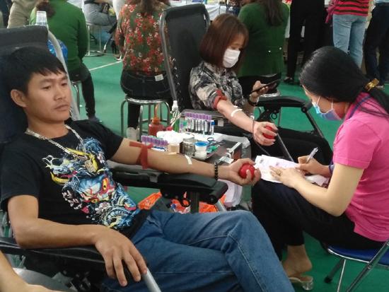 Ngày hội Hiến máu tình nguyện tại Cụm 2