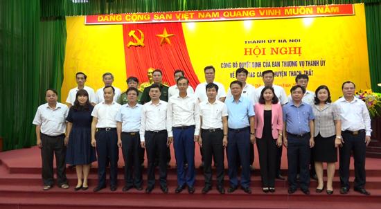 Thành ủy Hà Nội công bố quyết định của Ban Thường vụ Thành ủy về công tác cán bộ huyện Thạch Thất