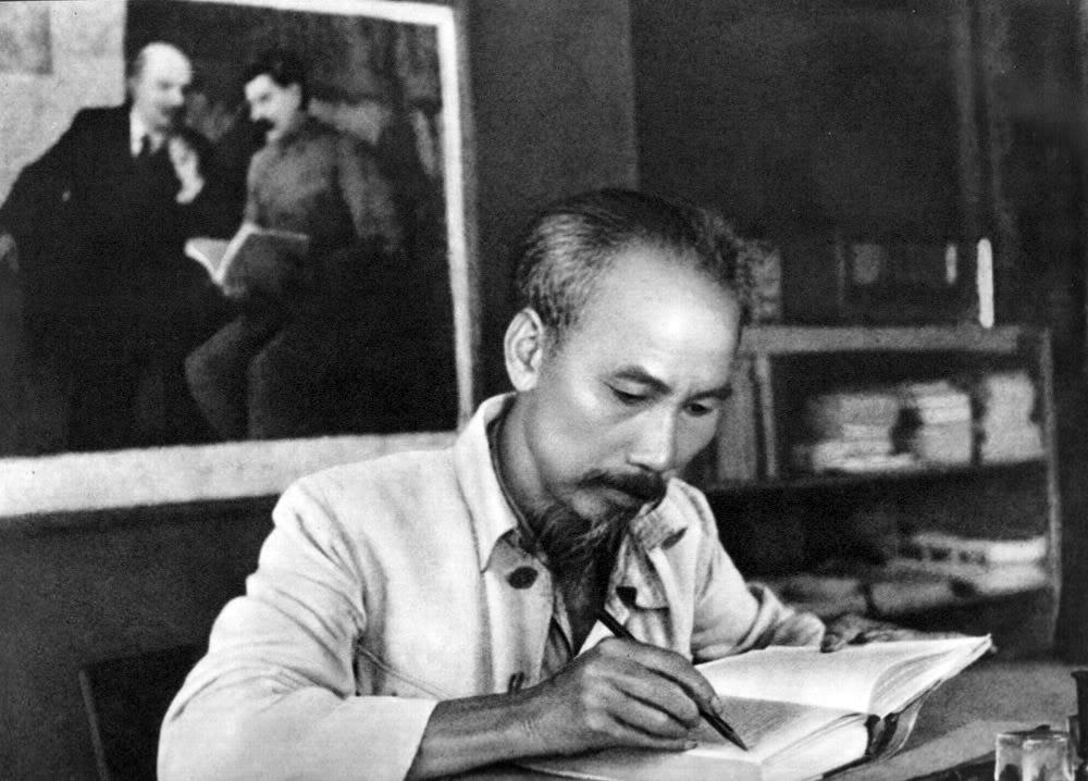 Kỷ niệm 70 năm ngày Bác Hồ về ở và làm việc tại huyện Thạch Thất (13/01/1947- 13/01/2017): Nhật ký 19 ngày đêm Bác Hồ ở và làm việc tại huyện Thạch Thất