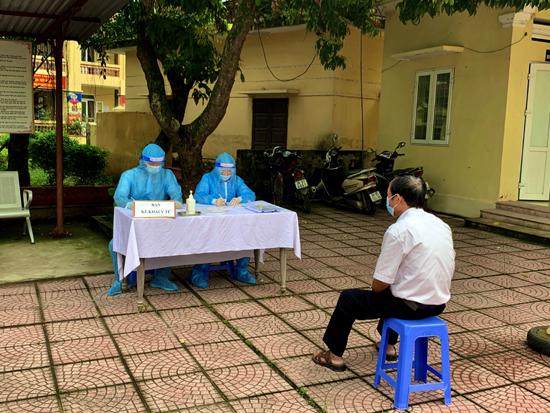 Sở Y tế Hà Nội, Trung tâm Y tế Thạch Thất thông báo khẩn số 621: Rà soát, cách ly, lấy mẫu người liên quan đến các khu vực nguy cơ, có bệnh nhân, ổ dịch