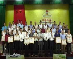 Hội Nông dân huyện Thạch Thất biểu dương điển hình tiên tiến giai đoạn 2015 - 2020