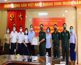 Thạch Thất: Gia đình Thiếu tướng, PGS, TS Đỗ Thanh Minh ủng hộ công tác phòng, chống dịch Covid-19
