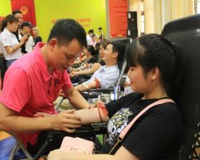 Thạch Thất triển khai thành công Ngày hội hiến máu tình nguyện cụm 5 với 403 đơn vị máu