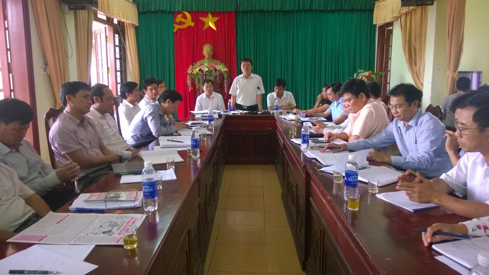 Kiểm tra tiến độ và thảo luận các giải pháp tháo gỡ khó khăn trong thực hiện các tiêu chí xây dựng nông thôn mới của xã Canh Nậu