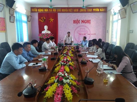 Đoàn khảo sát HĐND huyện làm việc tại xã Thạch Hòa