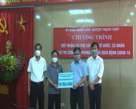 UBND huyện Thạch Thất tiếp nhận ủng hộ phòng, chống dịch Covid 19