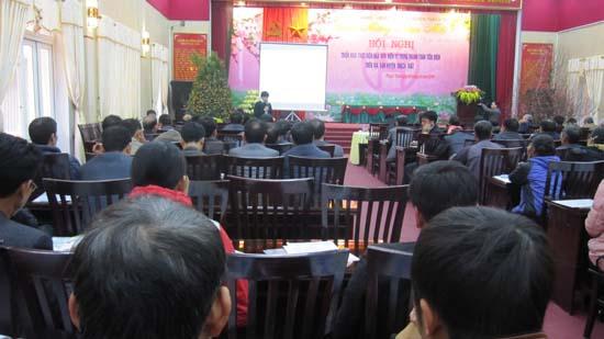 Huyện Thạch Thất thực hiện hóa đơn điện tử trong thanh toán tiền điện cho khách hàng