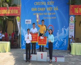324 vận động viên tham gia Chung kết giải chạy Việt dã huyện Thạch Thất năm 2019