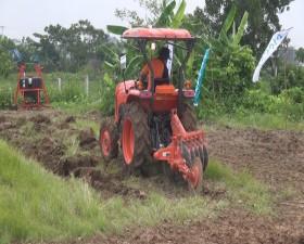 Trạm Khuyến nông tổ chức hội nghị giới thiệu sản phẩm máy kéo mới trong sản xuất nông nghiệp