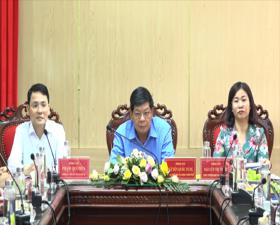 Đồng chí Nguyễn Quốc Hùng- Ủy viên Ban Thường vụ Thành ủy- Phó Chủ tịch UBND Thành phố làm việc với huyện Thạch Thất