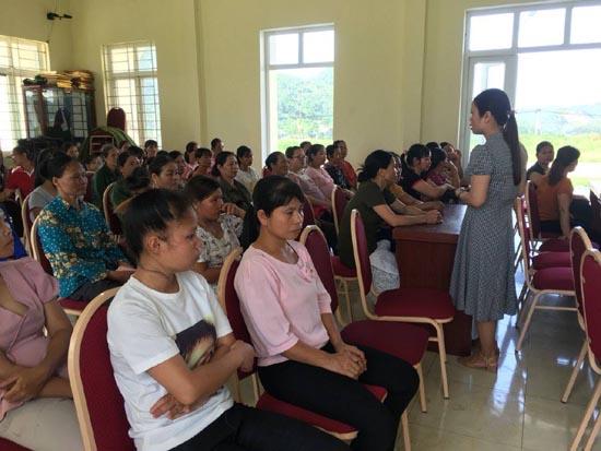 Trung tâm Y tế truyền thông sàng lọc trước sinh và sơ sinh tại xã Tiến Xuân