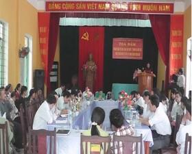 """Tọa đàm """"Dân vận khéo"""" trong phát triển kinh tế, xây dựng nông thôn mới ở xã Hương Ngải."""