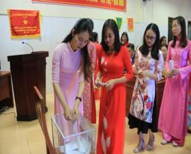 Bệnh viện Đa khoa huyện phát động quyên góp ủng hộ đồng bào miền Trung và tuyên truyền nâng cao văn hóa ứng xử trong môi trường Bệnh viện