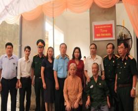 Hội Cựu chiến binh huyện trao Nhà tình nghĩa