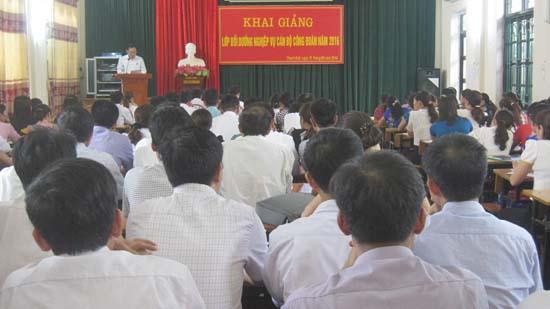 Tập huấn nghiệp vụ công tác công đoàn