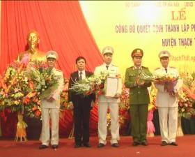 Lễ công bố Quyết định thành lập Phòng Cảnh sát phòng cháy và chữa cháy huyện Thạch Thất
