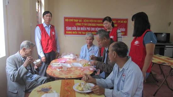 Công ty Bắc Phương  tặng 200 xuất ăn miễn phí cho bệnh nhân