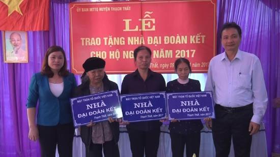 Khánh thành nhà Đại đoàn kết ở Phú Kim