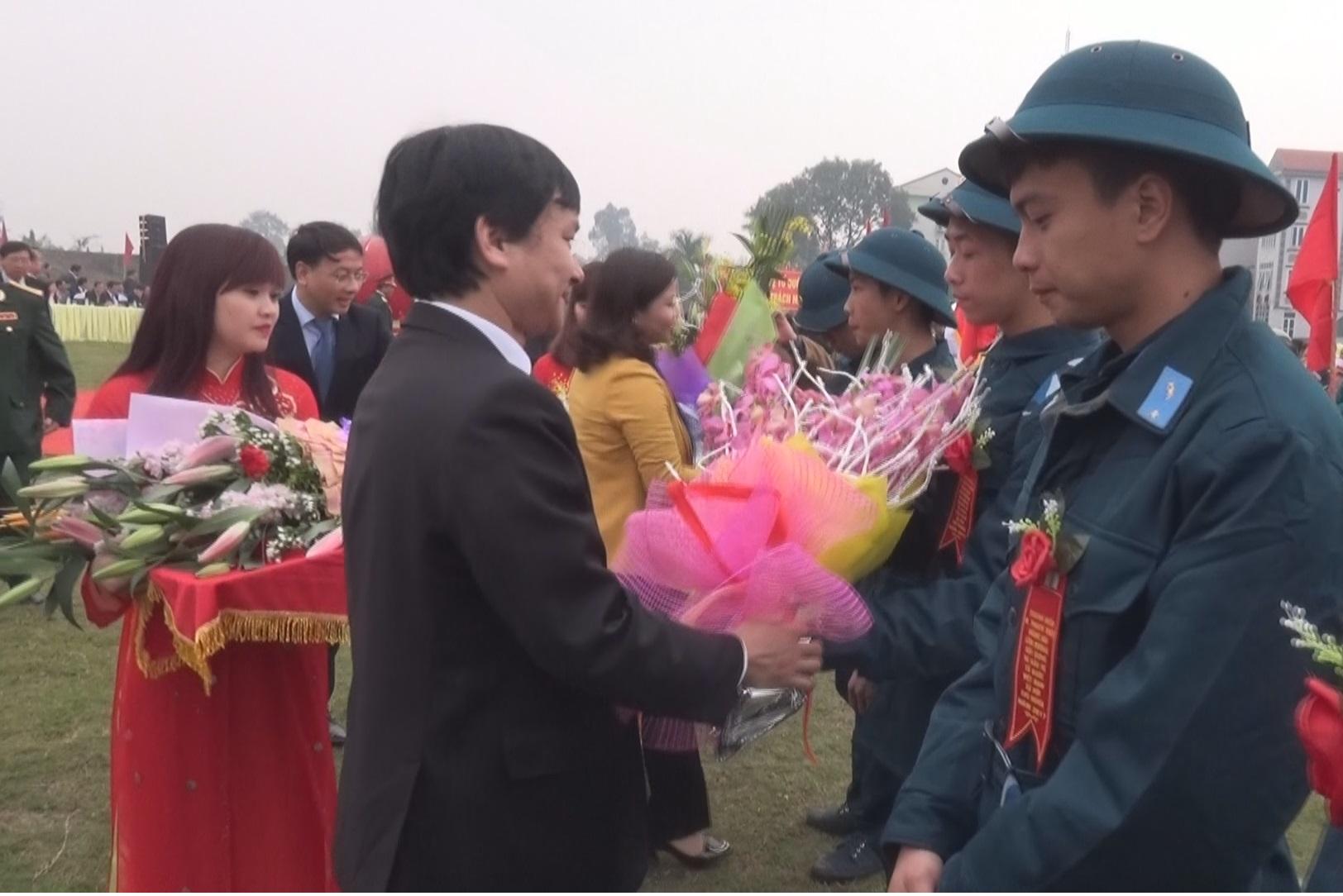 Lễ giao nhận quân huyện Thạch Thất năm 2017