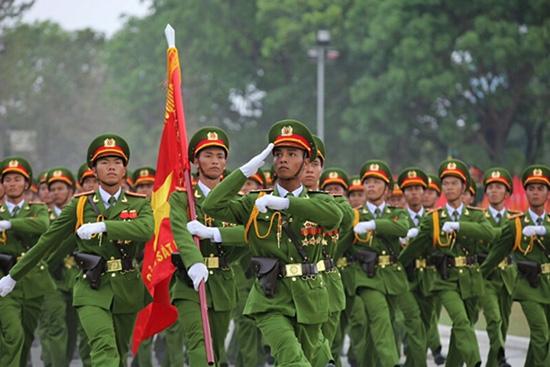 Ngày truyền thống vẻ vang của Công an Nhân dân Việt Nam: 19/8/1945- 19/8/2019) - Công an nhân dân xứng đáng là lực lượng nòng cốt bảo vệ an ninh, trật tự