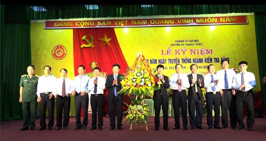 Huyện ủy Thạch Thất tổ chức Lễ kỷ niệm 70 năm Ngày truyền thống ngành kiểm tra Đảng