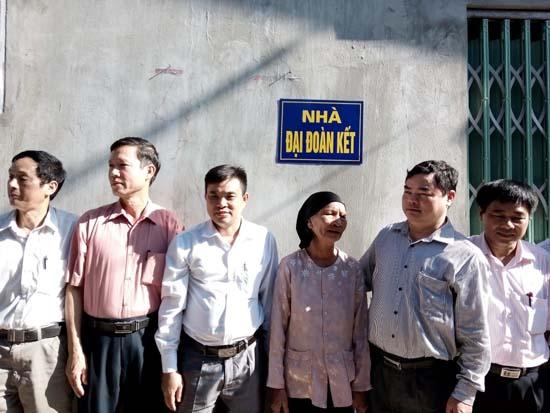 Khánh thành nhà đại đoàn kết xã Phú Kim.