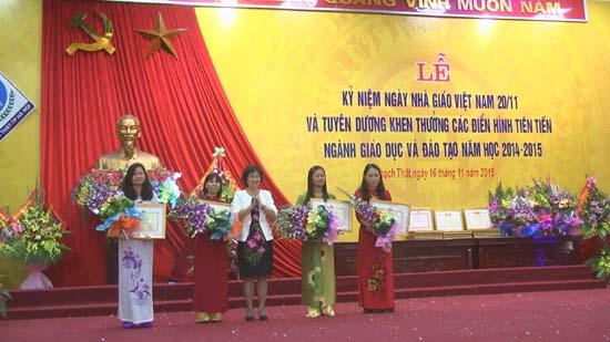 Kỷ niệm ngày Nhà giáo Việt Nam và tuyên dương khen thưởng các điển hình tiên tiến ngành giáo dục  năm học 2014-2015