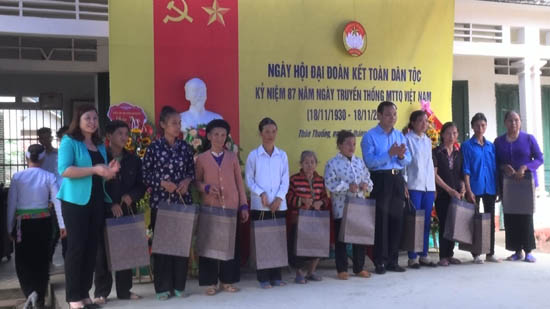 Thôn Thuống xã Yên Bình tổ chức ngày hội đại đoàn kết toàn dân tộc