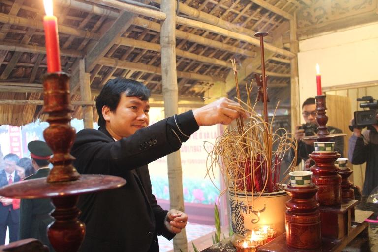 Lễ kỷ niệm 70 năm ngày Bác Hồ về ở và làm việc tại huyện Thạch Thất.