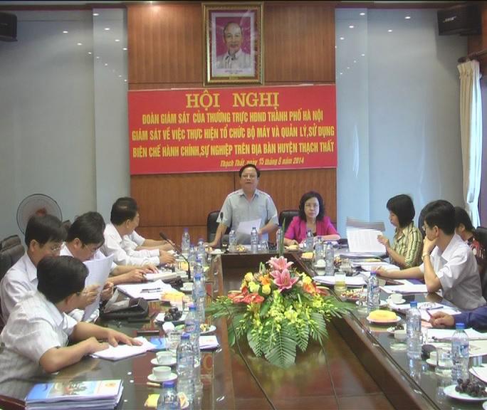 Đoàn giám sát của Thường trực Hội đồng nhân dân thành phố Hà Nội về giám sát tại huyện Thạch Thất