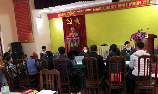 Ngân hàng chính sách xã hội giải ngân 01 tỷ đồng vốn UBND huyện Thạch Thất chuyển sang