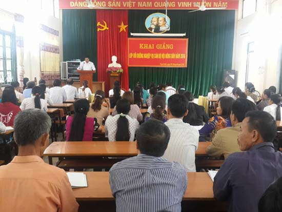 Khai giảng lớp bồi dưỡng nghiệp vụ công tác hội nông dân năm 2016