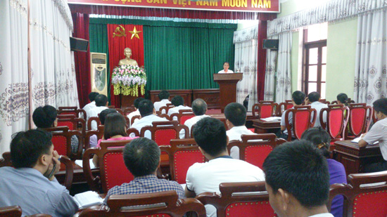 Hội nghị giao ban với đội ngũ cộng tác viên dư luận xã hội huyện.