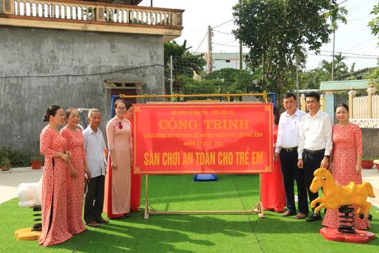 Xã Bình Yên: Bàn giao sân chơi an toàn cho trẻ em