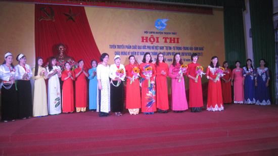 Hội thi tuyên truyền phẩm chất đạo đức Phụ nữ Việt Nam :Tự tin- Tự trọng- Trung hậu- Đảm đang