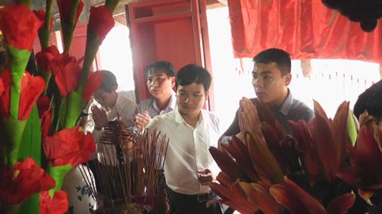 Dâng hương tưởng nhớ Danh nhân văn hóa Trạng Bùng Phùng Khắc Khoan