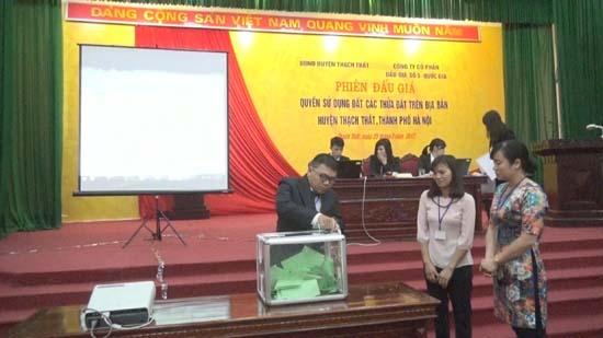 Huyện Thạch Thất tổ chức phiên đấu giá quyền sử dụng đất.