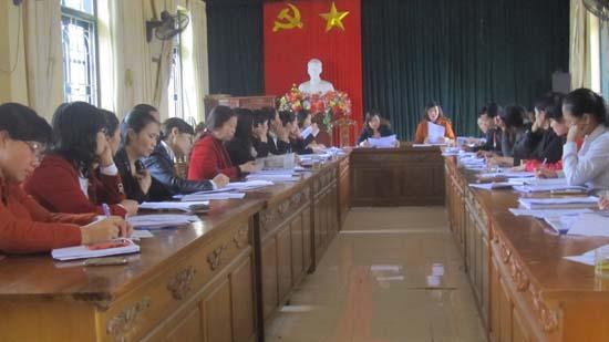 Hội Phụ nữ Huyện Thạch Thất đóng góp ý kiến vào dự thảo sửa đổi Luật dân sự.