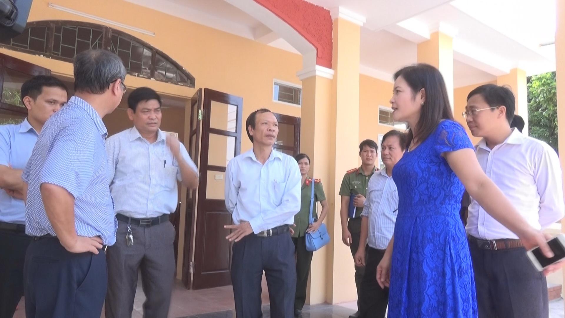 Đoàn kiểm tra thành phố Hà Nội kiểm tra tiến độ thực hiện Chương trình 02 của Thành ủy Hà Nội.
