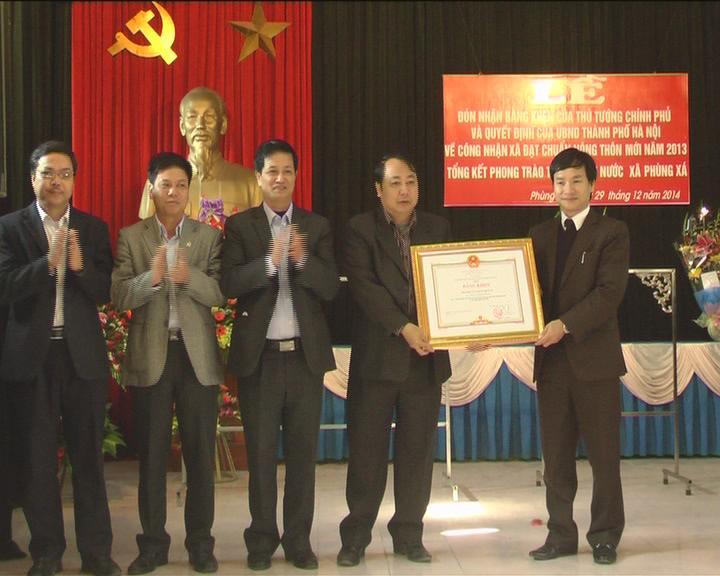 Xã Phùng Xá đón nhận bằng khen của Thủ tướng Chính phủ và quyết định công nhận xã đạt chuẩn nông thôn mới