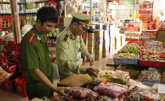 Hà Nội mở đợt cao điểm chống buôn lậu dịp Tết nguyên đán Canh Tý 2020